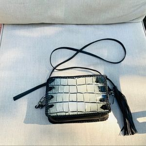 BOTKIER CROC EMBOSSED BLACK/GRAY OMBRÉ BAG